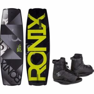 Ronix 2017 Vault Wakeboard with Divide Bindings Review
