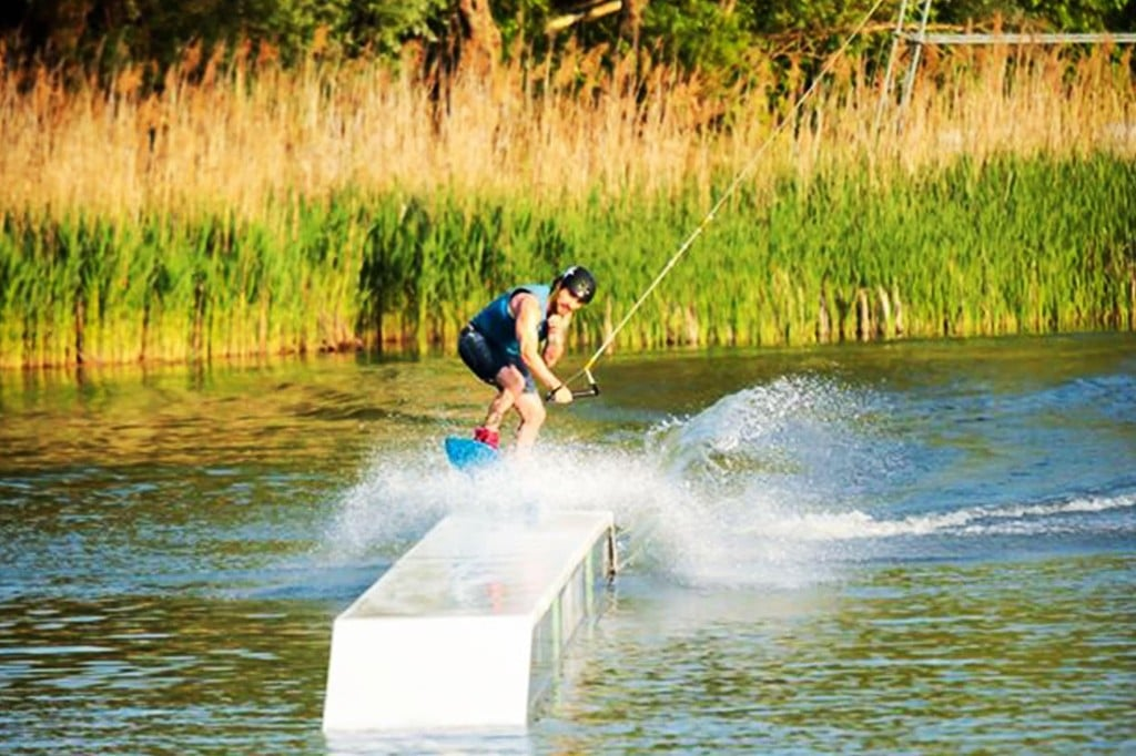 Top 10 Airhead Wakeboards in 2018