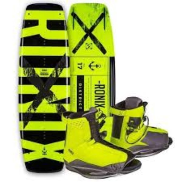 Ronix 2017 District Wakeboard with District Bindings