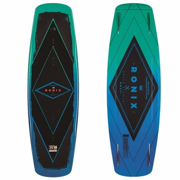 Ronix 2017 Space Blanket (Metallic Aqua/Black) Wakeboard Review