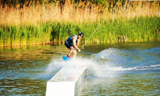 Top 10 Airhead Wakeboards in 2019